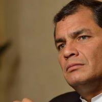 Correa anuncia que analiza postularse a la vicepresidencia