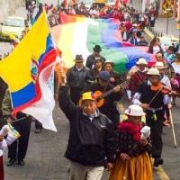 """Indígenas amenazan con """"levantarse"""" si gobierno de Moreno quita subsidio a gasolina"""