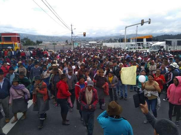 marcha-indigena-en-cotopaxi-republica del banano.jpg
