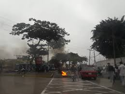 protesta taxista- republica del banano.jpg