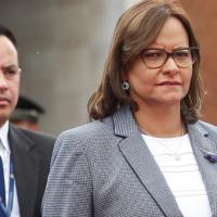Luego de tres votaciones, Pleno Legislativo decidió mantener a Elizabeth Cabezas como su presidenta
