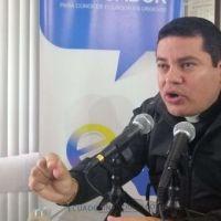 P. Carlos Tuarez afirma que ministros de Lenín Moreno lo amenazan