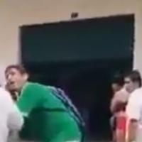 Joven pide desesperado le pongan oxígeno a su madre en Guayaquil