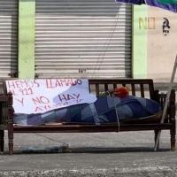 Debido a la crueldad del gobierno de Moreno, cadáver en cama #Covid19, es abandonado en Sauces 8