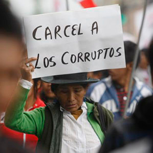 54% creen que hay corrupcion en Perú