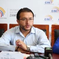 ¿Qué mensaje político tiene la renuncia del Director Juridico del CNE? ¡Opine!