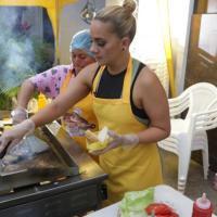 La prófuga Gabriela Pazmiño reabrirá venta de hamburguesas en Ecuador desde Miami