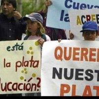 Proyecto que beneficia a afectados por la crisis bancaria de 1999 tramita el Legislativo