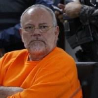 Carlos Pareja Yannuzzelli elude responsabilidad en caso Singue
