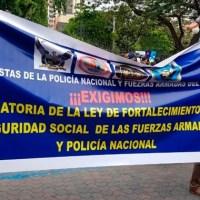 Pensionistas del ISSPOL e ISSFA piden derogatoria de Ley de Fortalecimiento a Seguridad Social