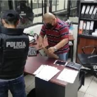 Funcionaria de la Fiscalía fue detenida con fines investigativos por presunto tráfico de influencias