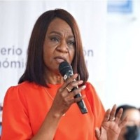 Mae Montaño denuncia campaña de desprestigio del Gobierno en su contra para separarla del MIES