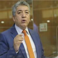 Asambleista Recalde entrega pruebas de descargo y acusa a ID de querer quedarse con su curul para negociar mayorías en Asamblea
